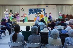 2015.12.13-老人ホーム訪問01-300